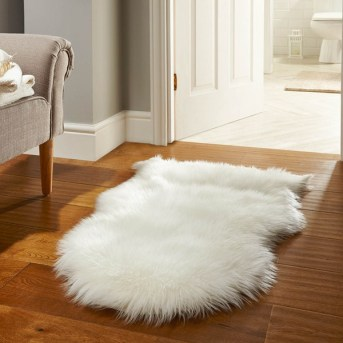 faux-sheepskin-the-rug-seller