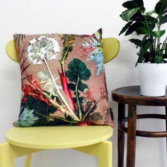 tropical-print-pillow-noths